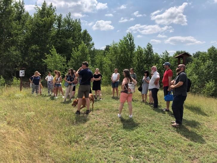 Tanévzáró értékelő és outdoor csapatépítő program a Szitásdombi Fűvészkertben