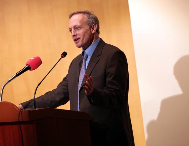 Egyetemünkre látogat Prof. Richard Shusterman filozófus